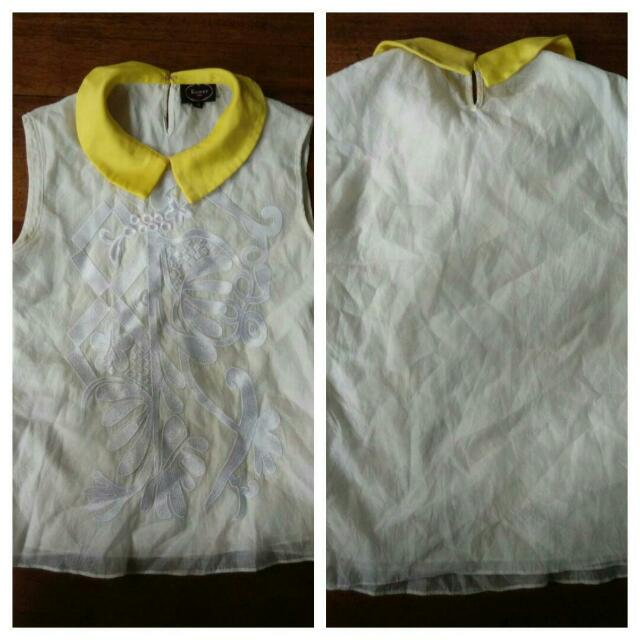 off white Chinese collar top