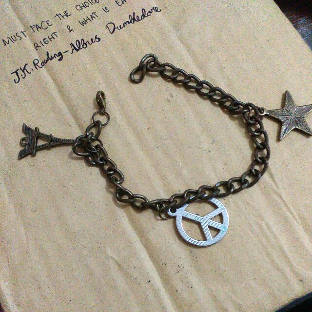 Peace Paris Bracelet