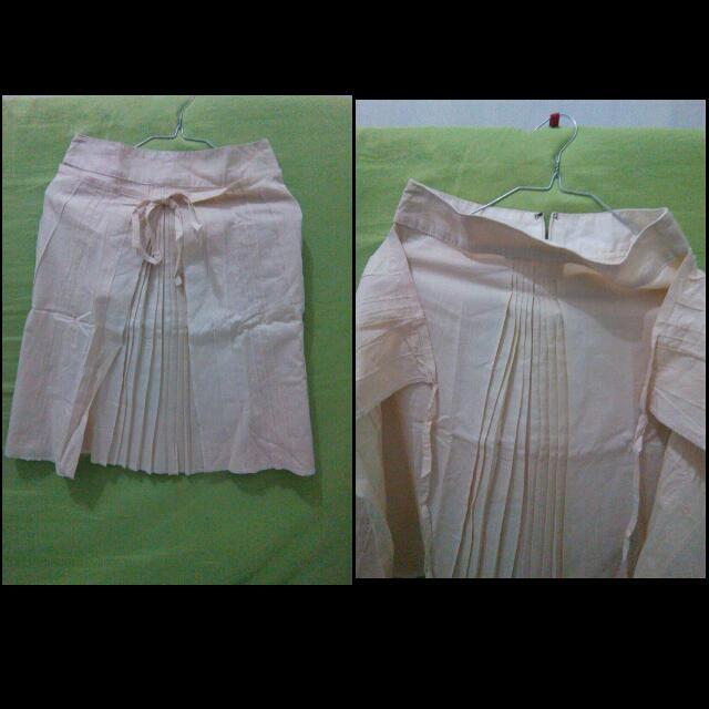 rok warna krem