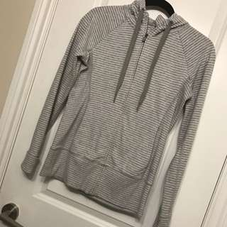 *Reduced* Gap Fit Hoodie Size Small