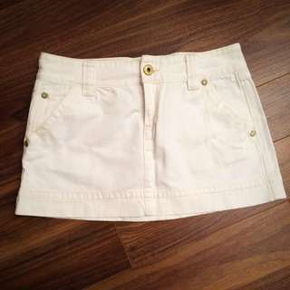 Old Navy White Jean Skirt, Low Waist, Size 10