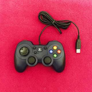 ** MOVING OUT SALE - $20 ** Logitech Gamepad F310