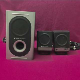 REDUCED PRICE - $15 **MOVING OUT SALE - $20*** Altec Lansing 221 Speaker system for PC