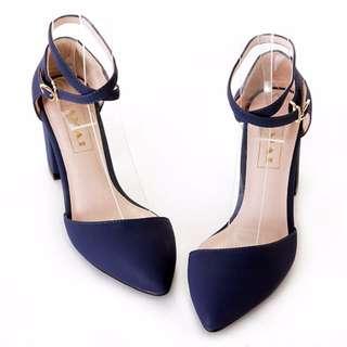 交叉繞帶低口尖頭粗跟鞋 藍(36號)