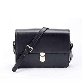 🆕 CNY Minimalist Sling Shoulder Black Box Bag
