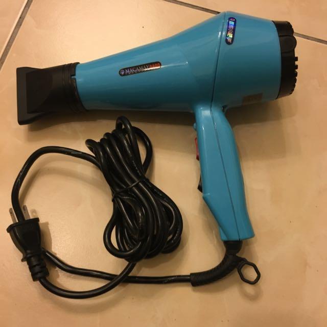專業級美髮師愛用吹風機-請自取
