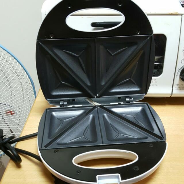 烤三明治機