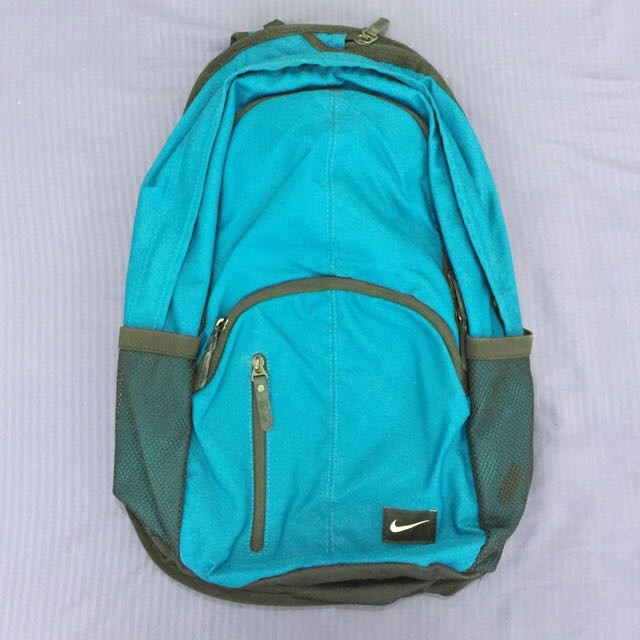 REDUCED PRICE**MOVING OUT SALE - $10 ** Nike Backpack (Green/Turquoise-ish color)