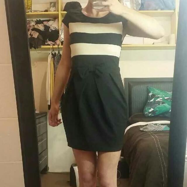 *PENDING* Ally Minidress Size 10