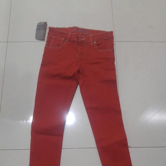 Cool Jeans Merah
