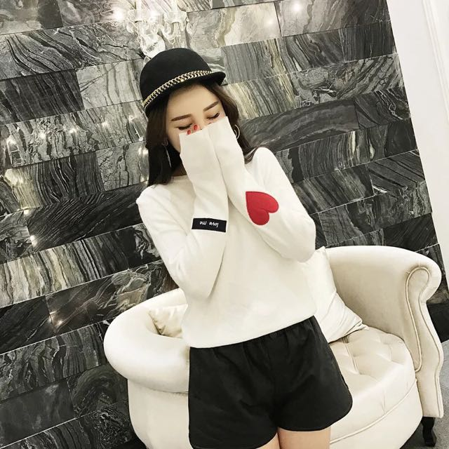 預購💡三色愛心上衣(白/紅/藍)D183