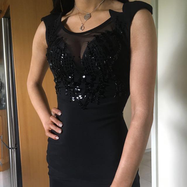 DRESS size 4-6