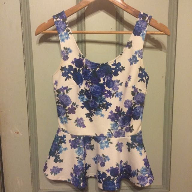 FOREVER NEW Floral Peplum Top