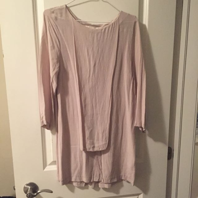 H&M Size 4 Pale Lilac Dress