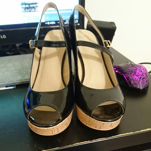 Pazzo 漆黑 高根涼鞋