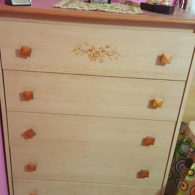 Solid Wood 5drawer Dresser