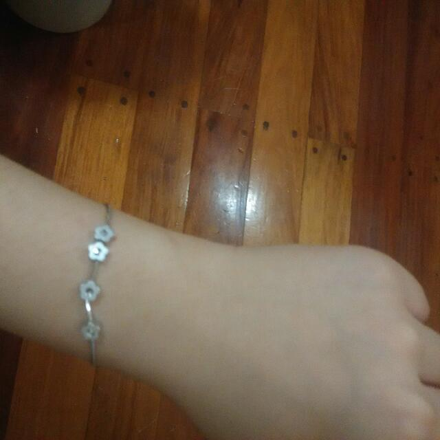 Stainless Bracelet(Stone Details) With Free Gold Bracelet