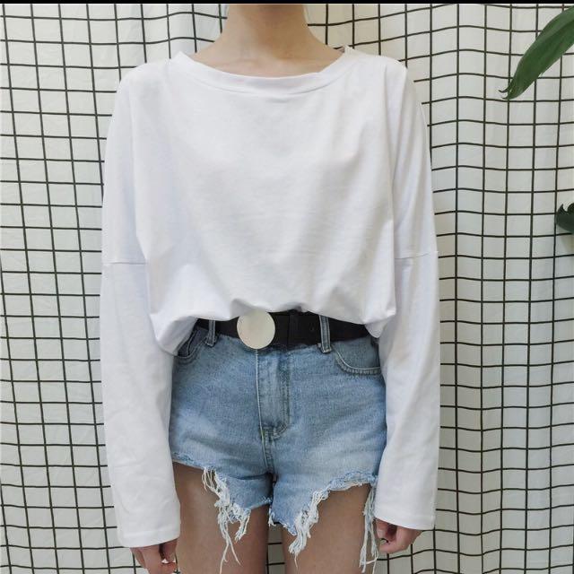 白色寬鬆圓領薄袖長t