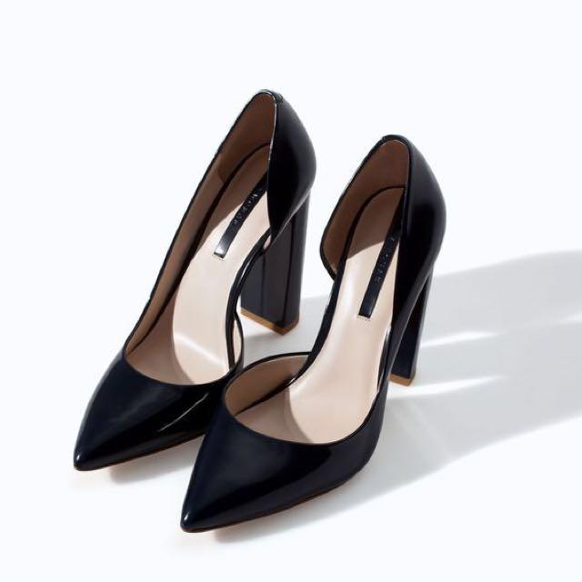 bd62d4da0be7 Zara Asymmetrical Leather Block Heel Pumps (Navy Blue)
