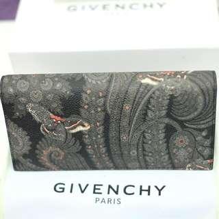 (BNIB) GIVENCHY UNISEX Flap Wallet