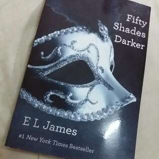 [RESERVED] E.L. James - Fifty Shades Darker - Fifty Shades Trilogy Book 2