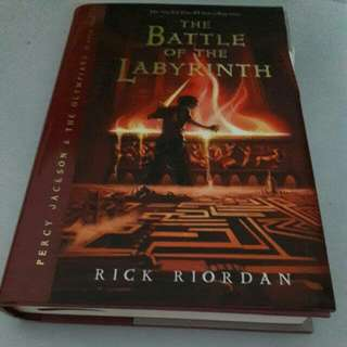 [RESERVED] [Hardcover] Rick Riordan - Percy Jackson and The Battle of The Labyrinth