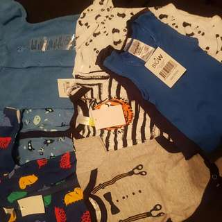 new born baby clothes.