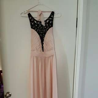 Beautiful, Comfy And Stretchy. Size 12 But Will Fit A 14 Too. I Wore This Once To My Cousins Wedding When I Was A Size 14 And Loved It Only Selling As I'm A Size 10 Now.