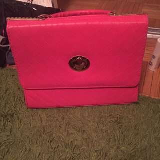 Pink Colored 👜