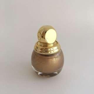 DIOR Limited Edition #GoldEquinoxe Nail Polish