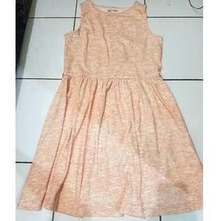 Pastel Dress   Size L Belum Pernah dipakai sama Sekali ( Baru dicobain Aja )