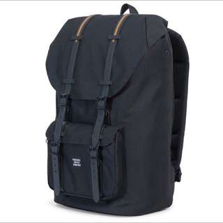 [INSTOCK] Herschel Little America Full Volume, Black/Gum