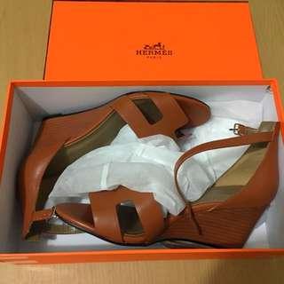 Hermes Wedge Sandals Sz 36 Tan