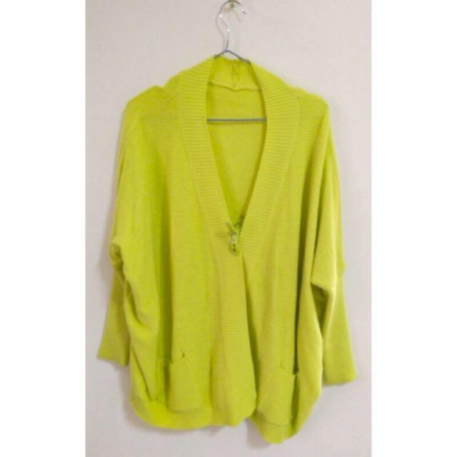 螢光黃針織外套