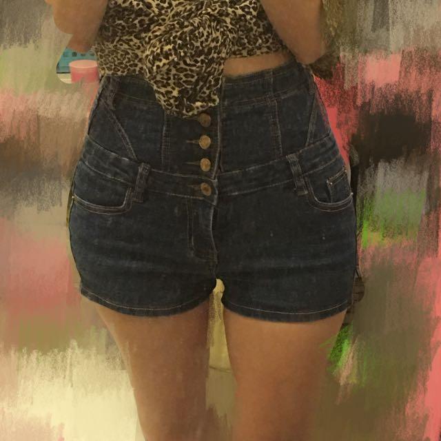 高腰牛仔短褲(S)