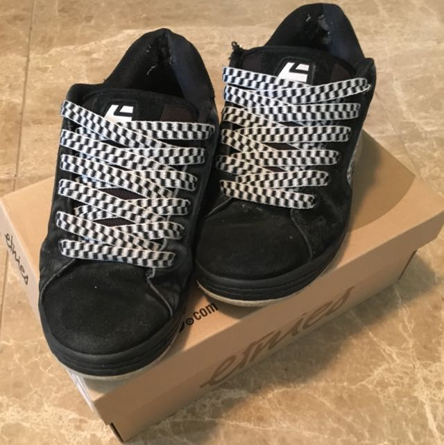 Black Etnies Sneakers