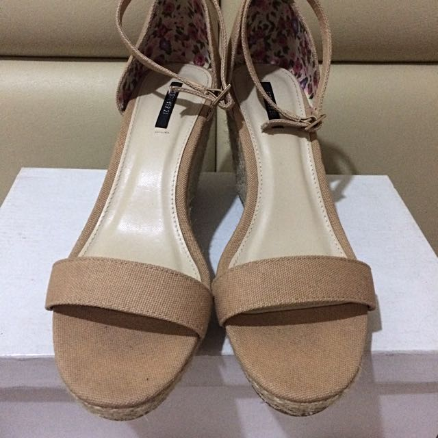 FOREVER21 Wedge Sandals