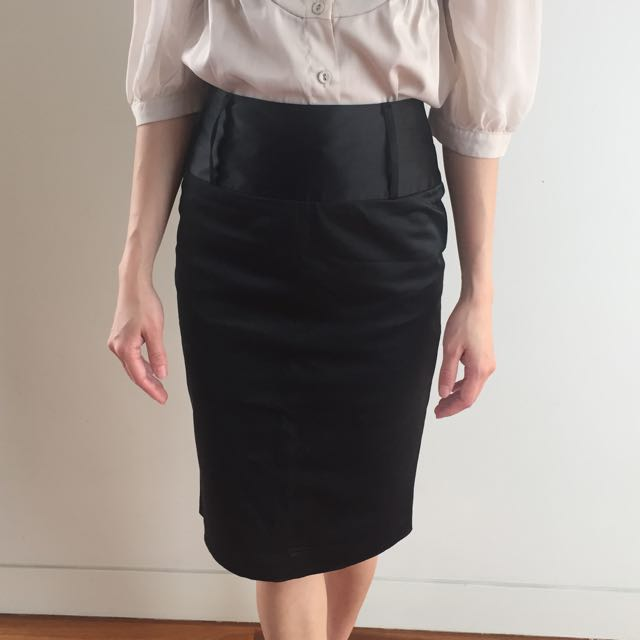 High Waist Midi Black Skirt