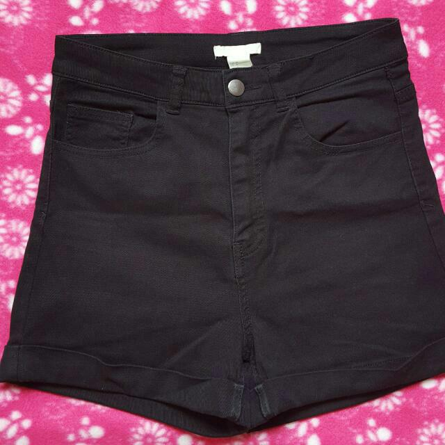 H&M Highwaist Shorts