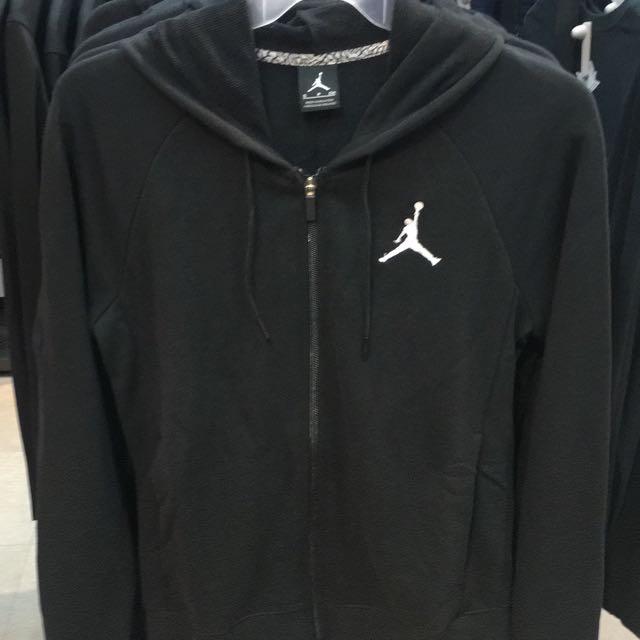 Jordan基本款外套