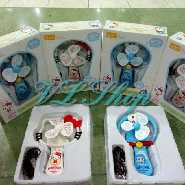 Kipas Angin Rechargeable Karakter Hello Kitty & Doraemon