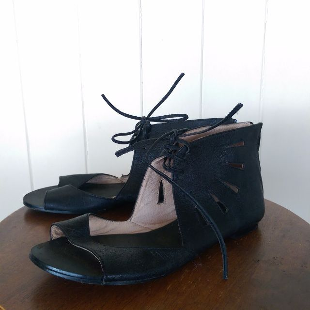 Leather Sandals 37