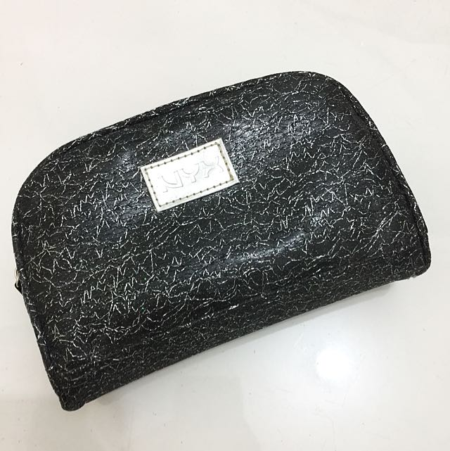 (NEW) NYX Makeup Pouch