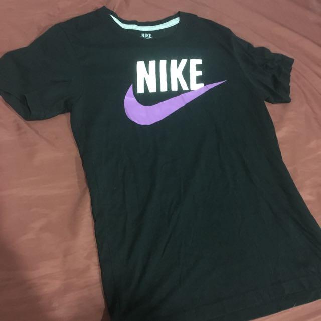 Nike 基本logo T