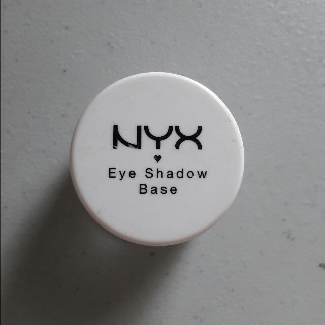 NYX Eyeshadow Base #white