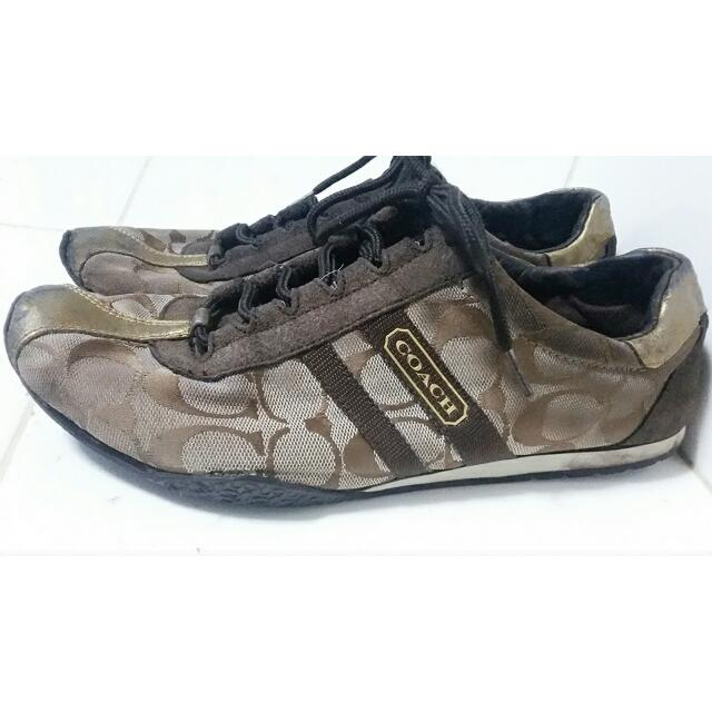 Preloved Original COACH rubber Shoes Size 8