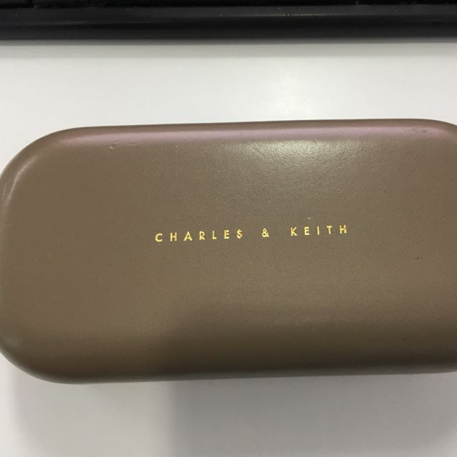 SunGlasses- Charles & Keith