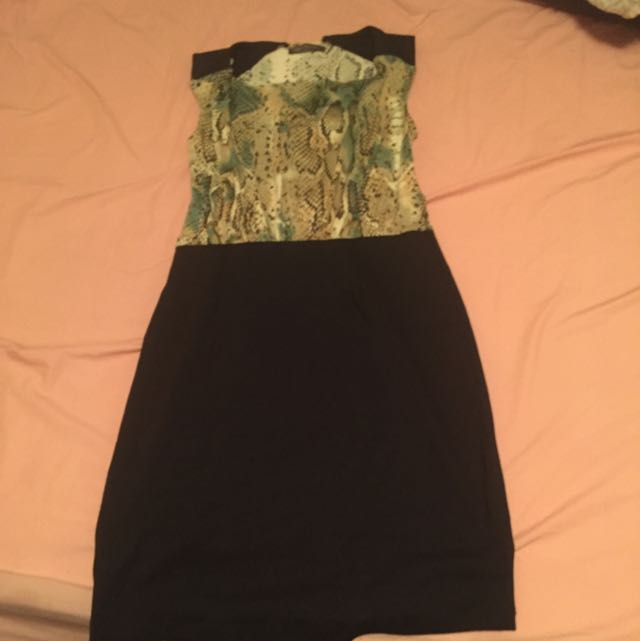 Suzy Shier Dress For Office Wear