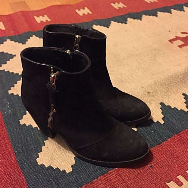 Topshop - size 9 - Winter Boots