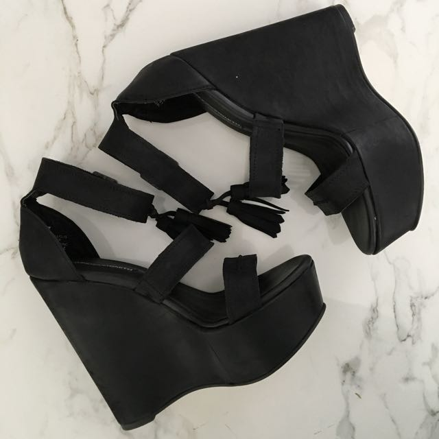 Windsor Smith Wedges